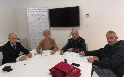 Las patronales del calzado valenciano cierran un acuerdo sobre el periodo de vacaciones con UGT y CCOO