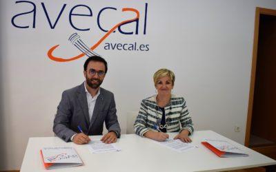 Cubierta Solar y Avecal acercan la sostenibilidad energética al sector del calzado mediante un convenio